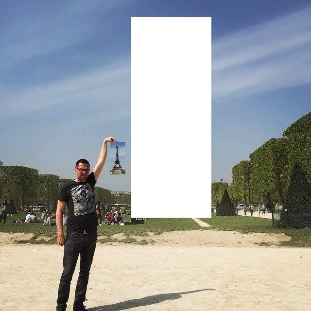 eiffel tower finger photoshop cut shrink