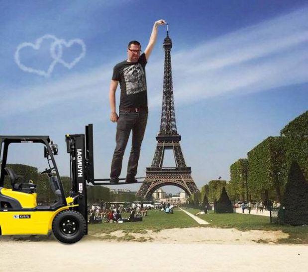 eiffel tower finger photoshop engineer