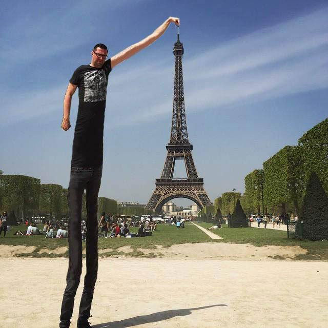 eiffel tower finger photoshop grow