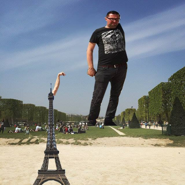 eiffel tower finger photoshop replace
